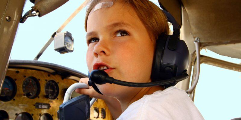 טיסה במסוק בשמי הארץ לילדים